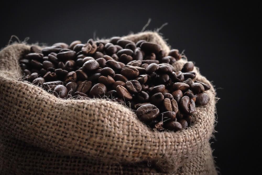 Kaffeebohnen aus einer Kaffeerösterei