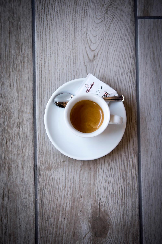 Espresso von La Tazza