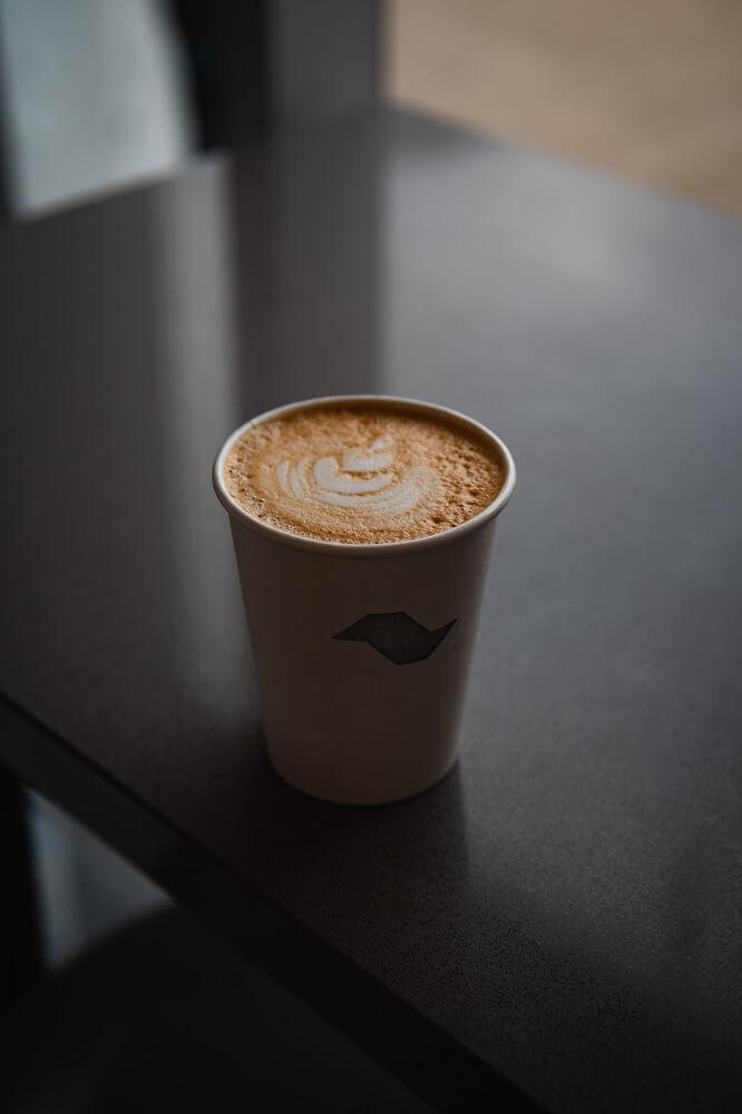 Kaffee mit Alpro Barista Milchschaum