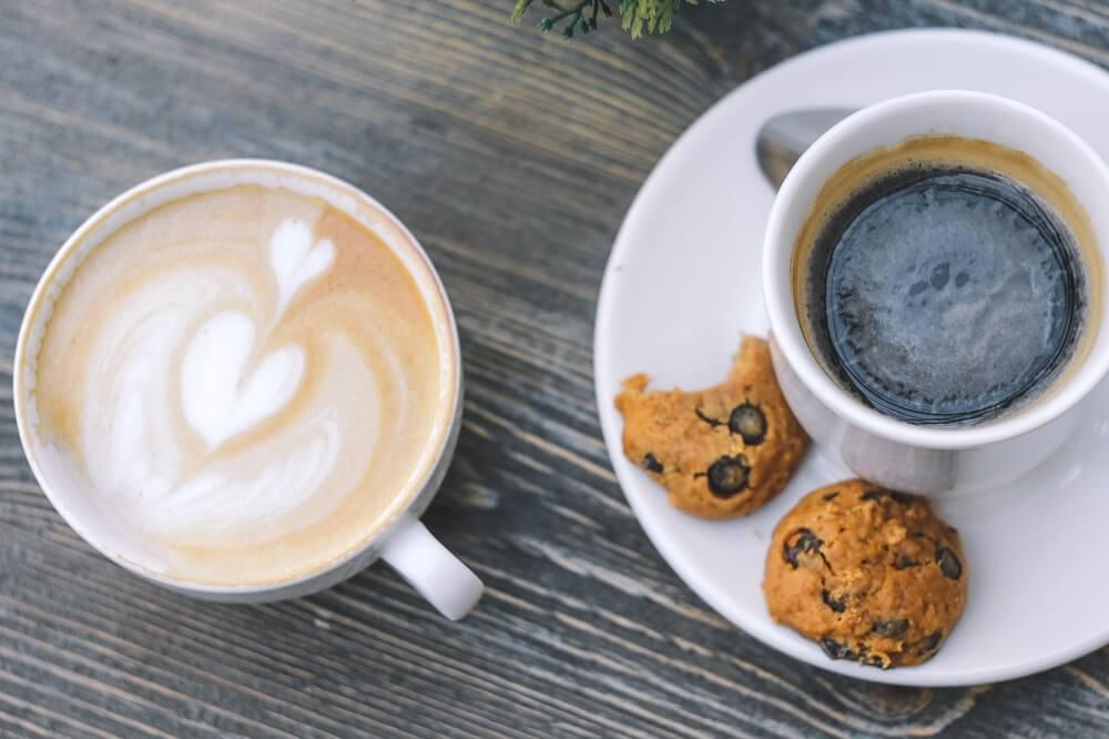 Bisquit Weihnachtsspezialitäten zu Kaffee