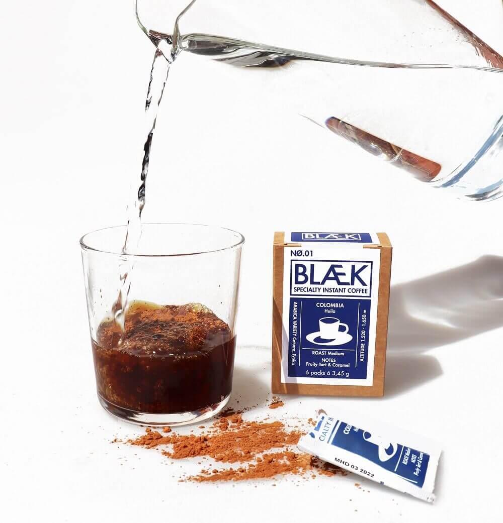 Blaek Kaffee in Pulverform