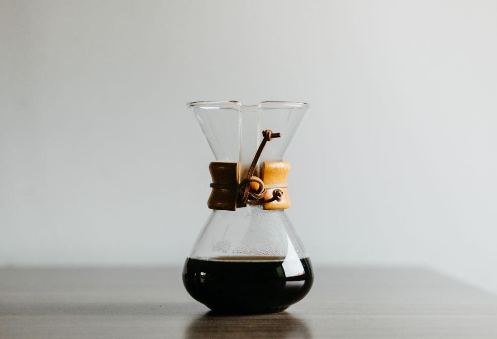Chemex gefüllt mit Kaffee