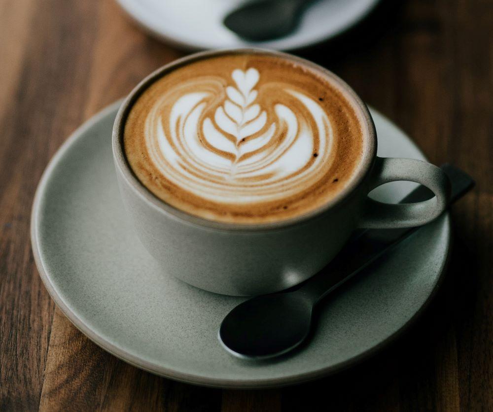 Dallmayr Kaffee in Porzellantasse