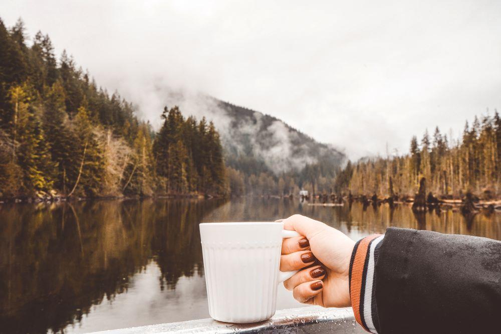 Kaffee mit Handpresso unterwegs genießen