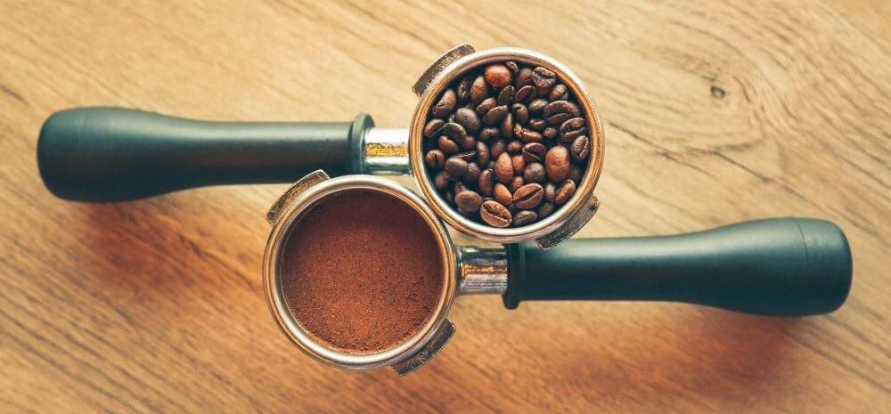 Ganze Kaffeebohnen und gemahlenen Kaffee kaufen
