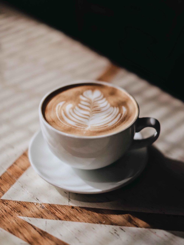 Cappuccino in Kaffeetasse