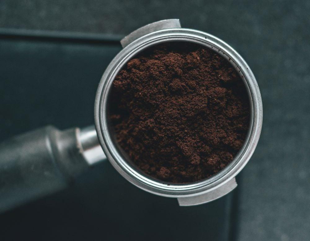 Gemahlener Kaffee durch Moccamaster