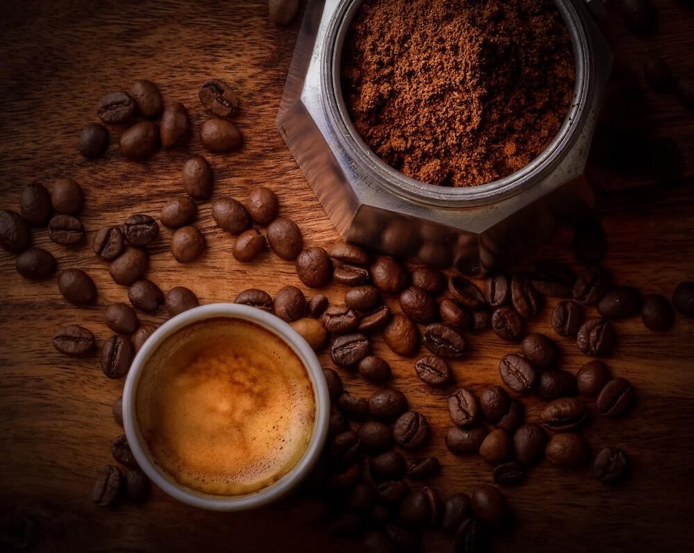 frische Kaffee und Kakao