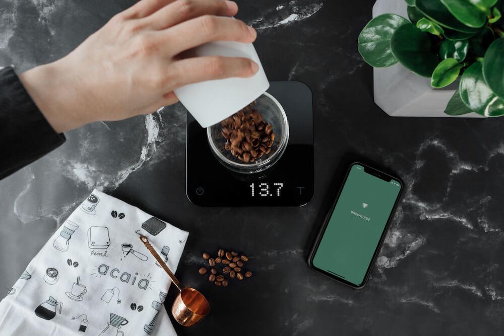 Acaia Kaffeemühle Pearl und Messlöffel für genaues Wiegen von Kaffee