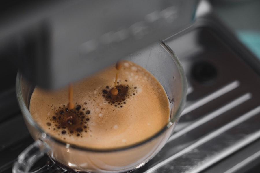 Frischer Dallmayr Capsa Kaffee aus Kapselmaschine