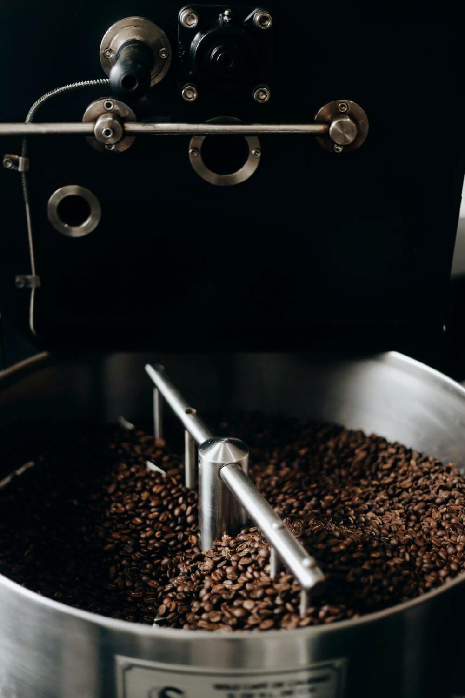 Kaffeeröstungen in einer Trommel