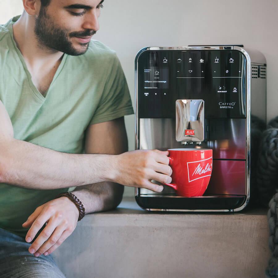 Melitta Caffeo Volllautomat mit Tasse