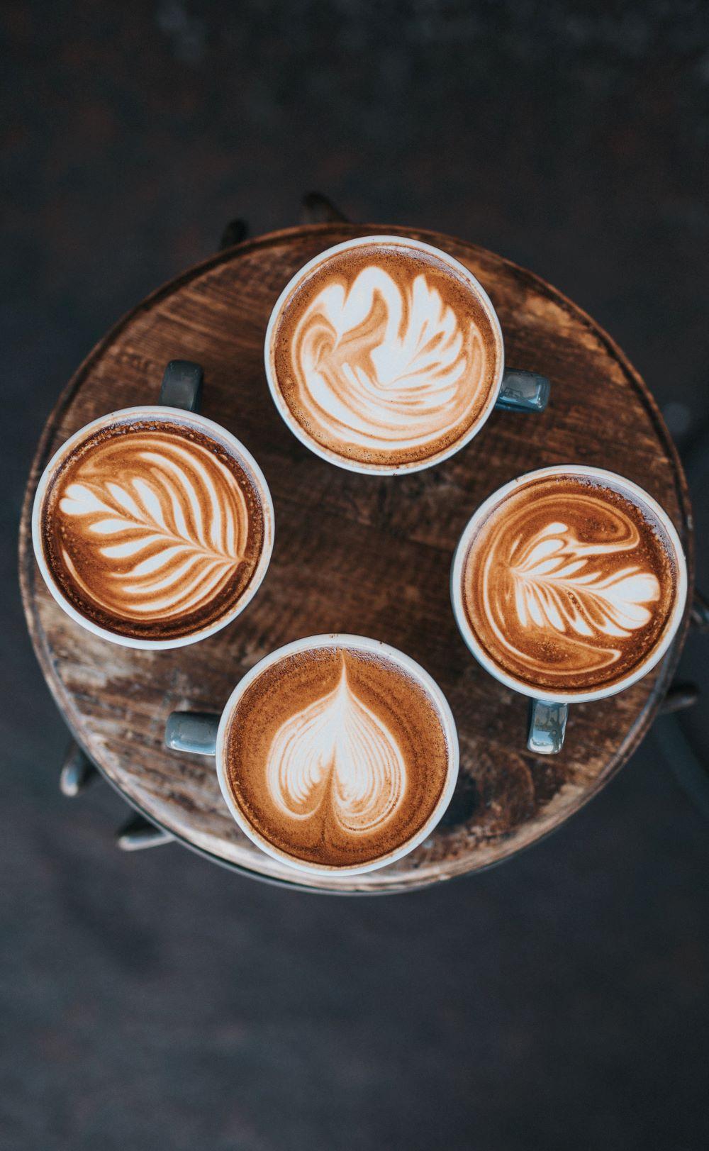 Kaffeekreationen aus dem Kaffeevollautomaten