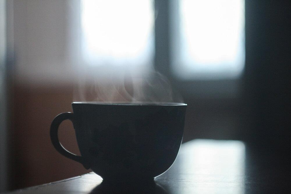 Grüner Tee in Tasse