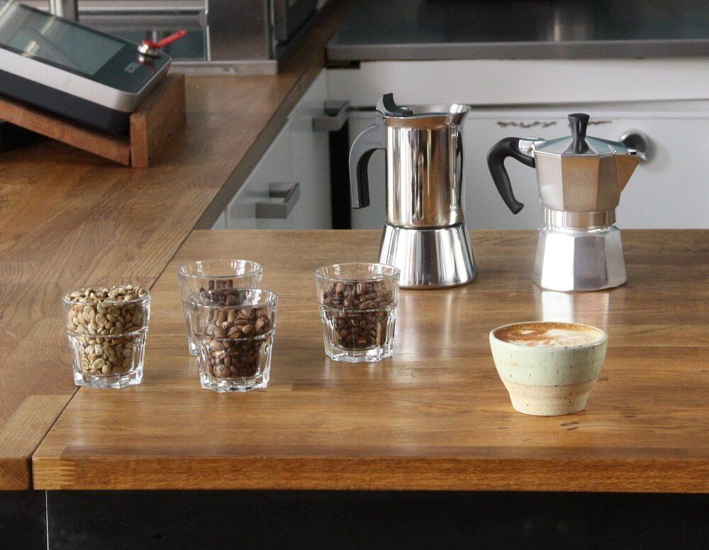 Espressokocher Aluminium und Edelstahl